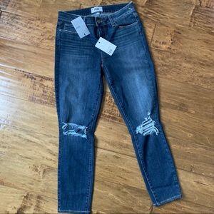 New Paige Verdugo Crop Mavis Destructed Jeans 28